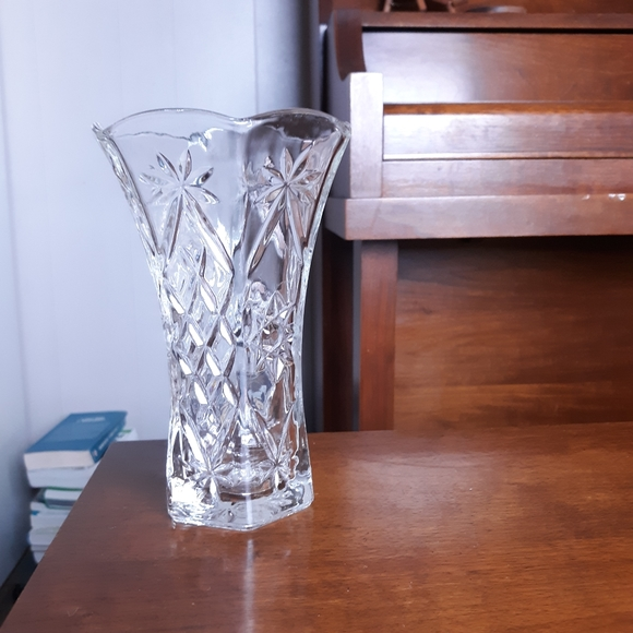 Vintage Other - Vintage  crystal flower vase